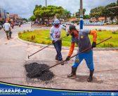 Secretaria de Obras, Transporte e Urbanismo, realizou nesta quinta-feira 08 de abril de 2021 os serviços de limpeza, desobstrução e fechamento de buracos das vias públicas em nossa cidade
